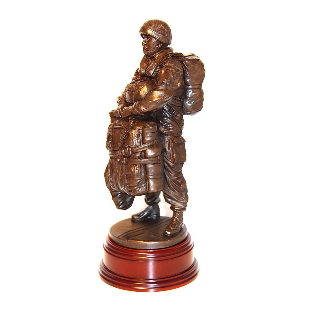 Drop Order 1995 Para Standing Statue (11 Inch, Resin Bronze)