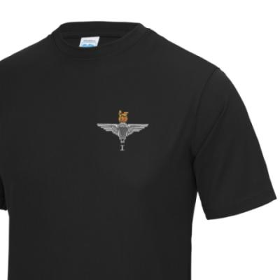 *CLEARANCE* Gym/Training T-Shirt, Large, Black, 1 Para Cap-Badge