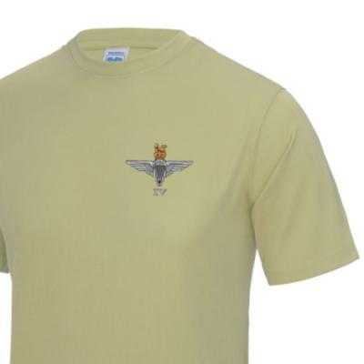 *CLEARANCE* Gym/Training T-Shirt, Large, Sand, 4 Para Cap-Badge