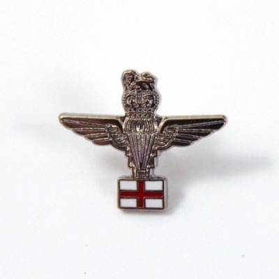 Para & St George Lapel Badge