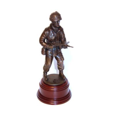 Lt Greyburn VC Arnhem Para Statue (8 Inch, Resin Bronze)