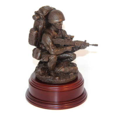 Para Kneeling On DZ With SA80 Statue (11 Inch, Resin Bronze)