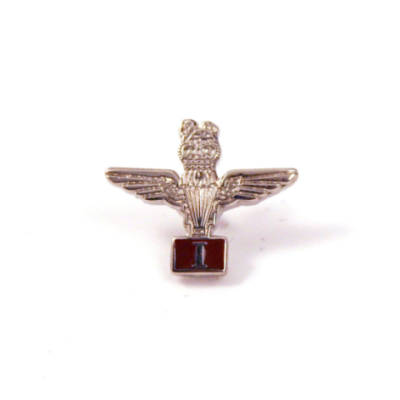 Small Para Lapel Badge with Battalion Number