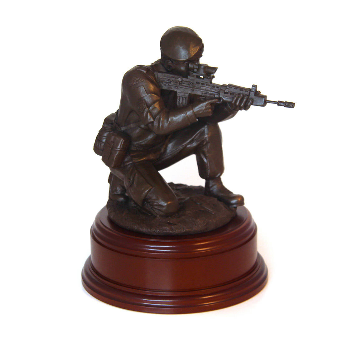 Para Shooting With SA80 Statue (11 Inch, Resin Bronze)