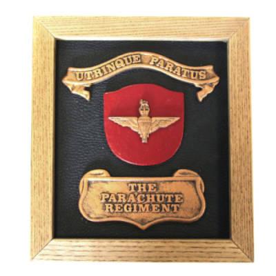 Plaque - Parachute Regiment (Wooden Frame)