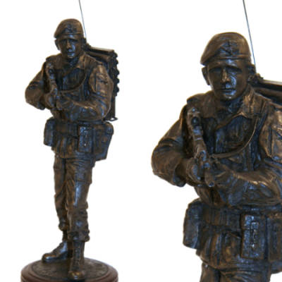 Infantry Soldier Radioman With SA80 Statue (11 Inch, Resin Bronze)