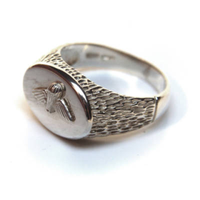 Sterling Silver Oval Jump Wings Ring (4)