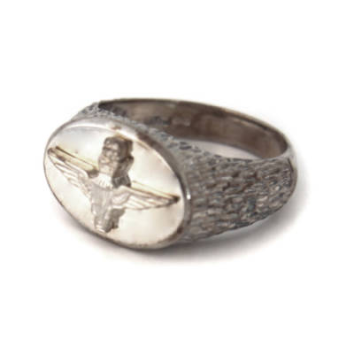 Sterling Silver Oval Parachute Regiment Ring (4)